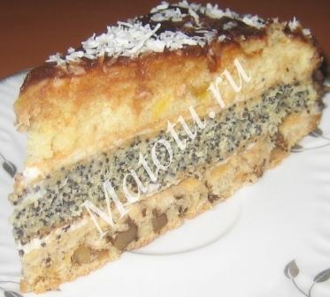 Торт с курагой орехами и маком