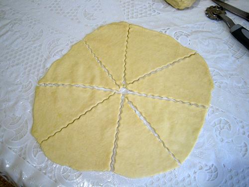 Мамины рогалики с мармеладом, пошаговый рецепт с фото