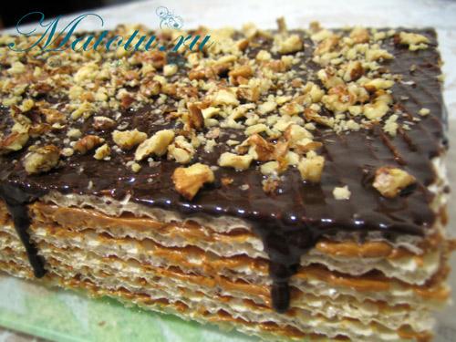 Вафельный торт с вареной сгущенкой