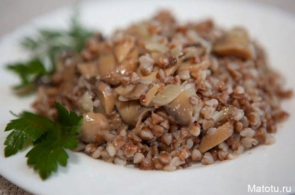 Рецепт гречки с грибами и мясом