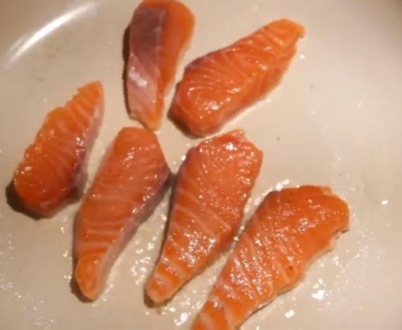 Рецепты салатов с рыбой на Новый год